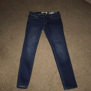 Hollister low rinse super skinny jeans in 7 short